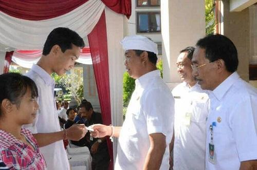 Dalam Rangka Mewujudkan Pelayanan Berkualitas, Wabup Badung Suiasa Launching