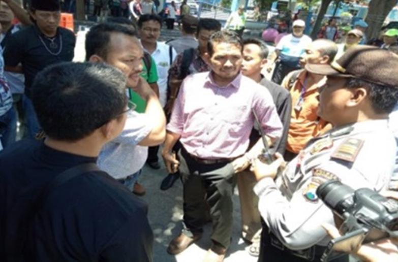 Aktivis Anti PKI Pro Kontra