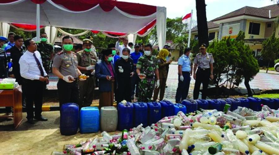 Jelang Natal dan Tahun Baru,Polres Subang Musnahkan Miras dan Sabu-Sabu
