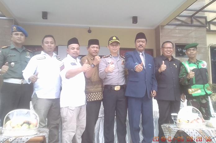 KPU Subang Sosialisasikan pendaftaran Paslon di Berbagai Media