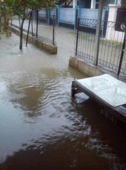 Banjir Margaluyu Timur